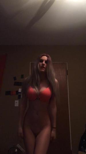 striptease sexy blonde