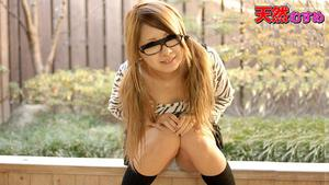 10mu 120310_01 佐賀ほのか めがね素人〜可愛いすぎてメガネに発射しちゃいました〜