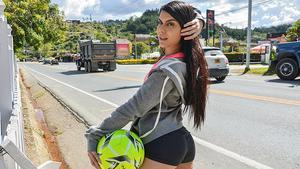 Oye Loca – Kimberly Rey – Goal!